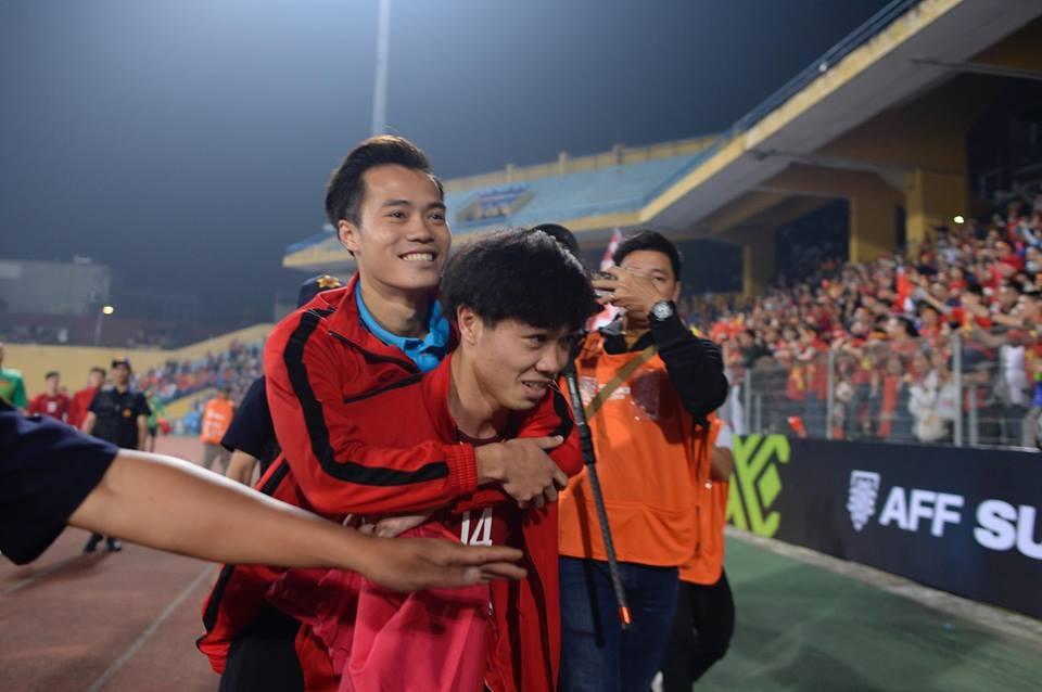Việt Nam vào bán kết AFF Cup 2018 thiếu vắng Văn Toàn